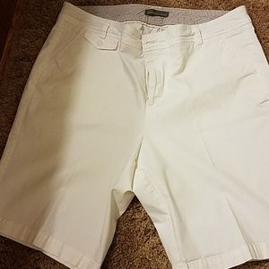 Dockers Bermuda shorts